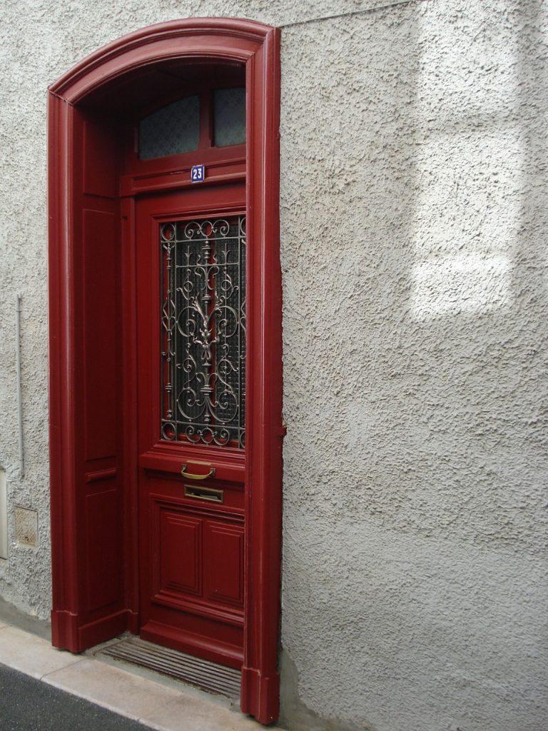 Comment ouvrir une porte claqu e serrurier paris 17 me - Ouverture de porte paris 17 ...